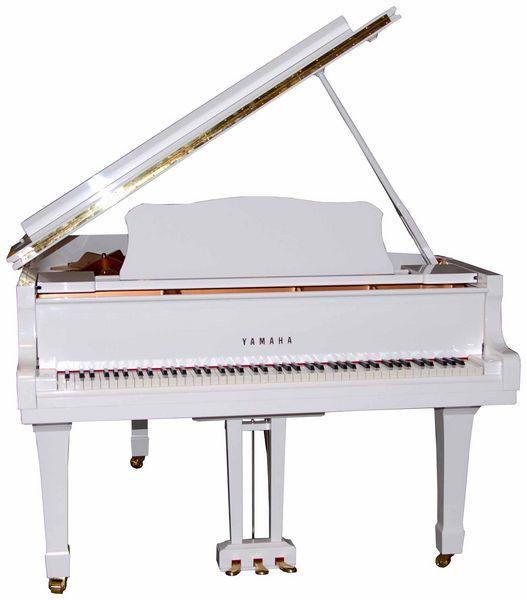 Акустический рояль Yamaha
