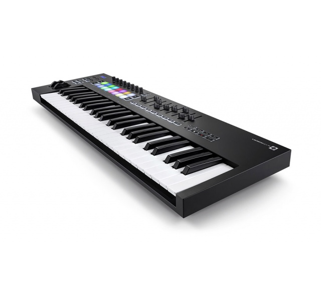 Midi-клавиатура Novation Launchkey 49 MK3